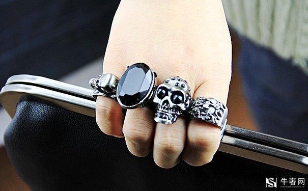 黑钻石属于钻石吗?钻石回收去哪里?