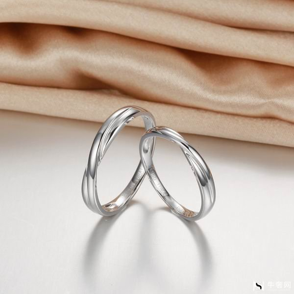 周生生钻石戒指0.51克拉回收