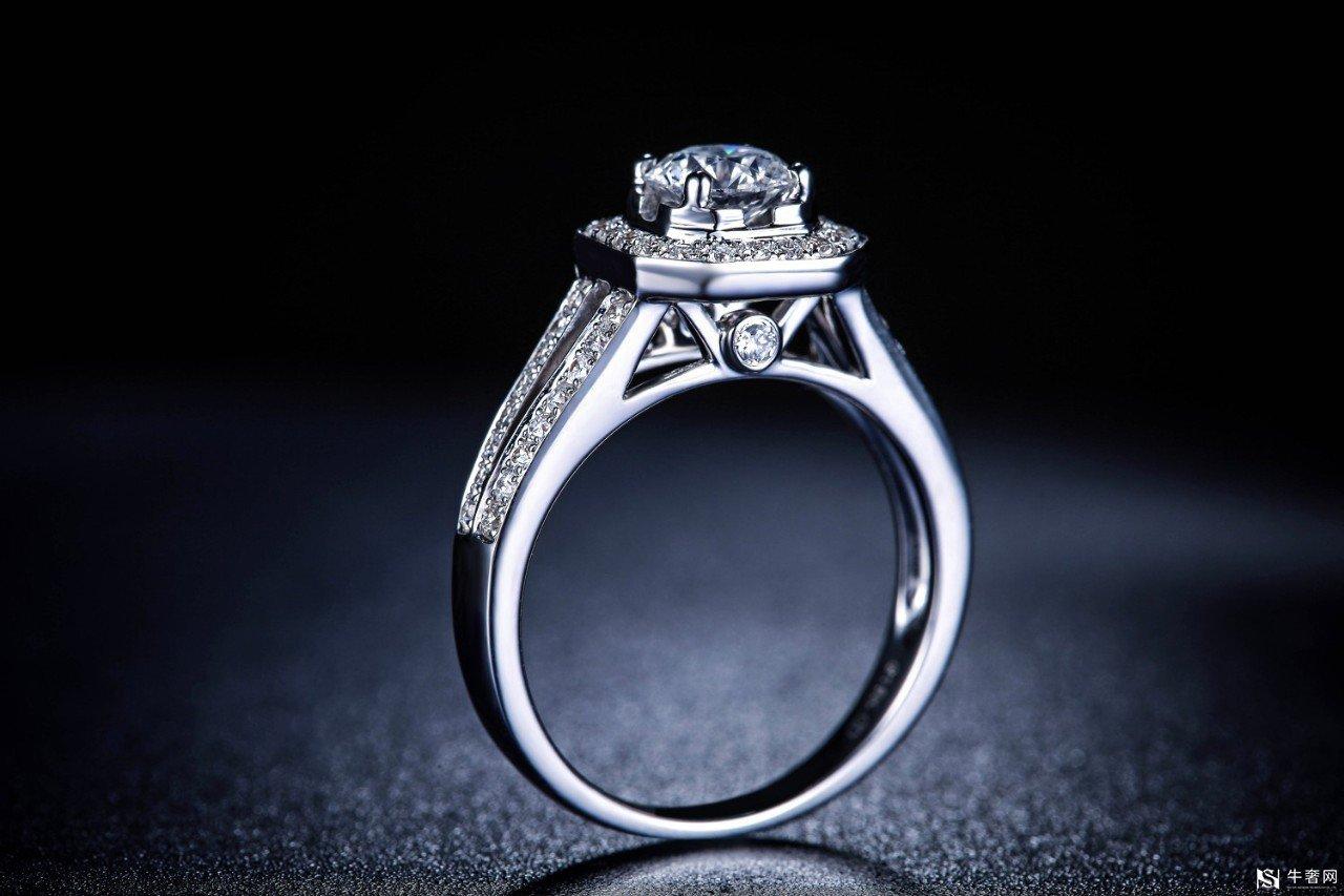 周大福的铂金戒指可以回收吗?