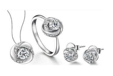 钻石世家珠宝怎么样 钻戒款式好不好